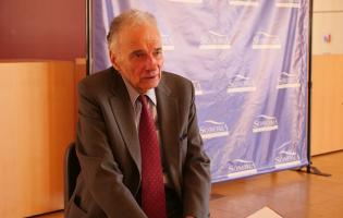Ralph Nader sitting down with SSU News // Photo by Francisco Carbajal