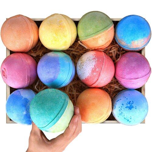 Colorful bath bombs